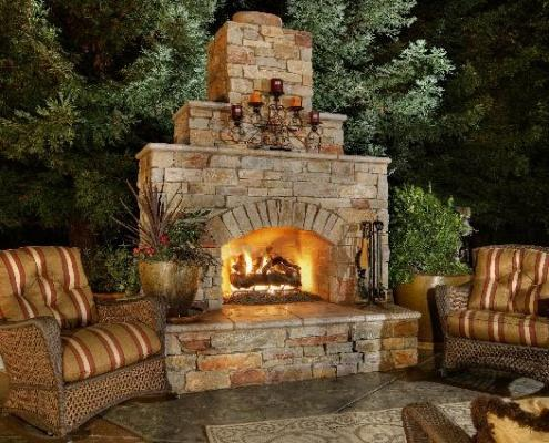 outdoor fireplaces in Massachusetts
