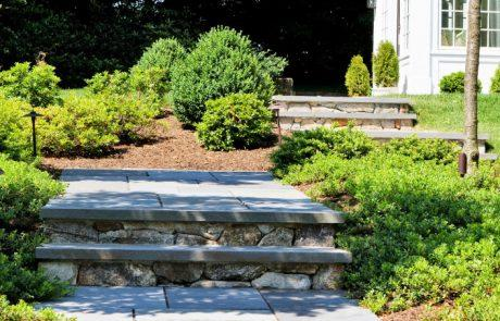 landscaping contractors in lowell ma
