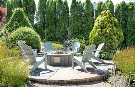 seating area with round fire pit